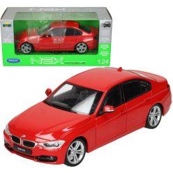 BMW 335i червено Welly 1:24