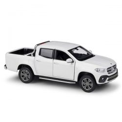 Mercedes-Benz X-Class white (бял) 1:27 Welly 24100W