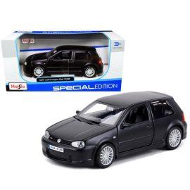 Volkswagen Golf R32 1:24 Maisto 31290