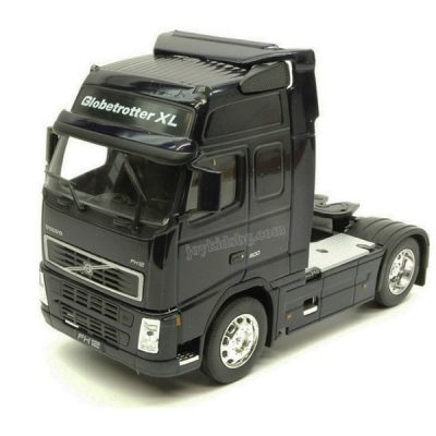 Volvo FH12 влекач 1:32 Welly 32630W